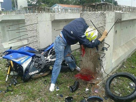 Fatal Motorcycle Crash. ( Not Clear Of It Was The Crash Or