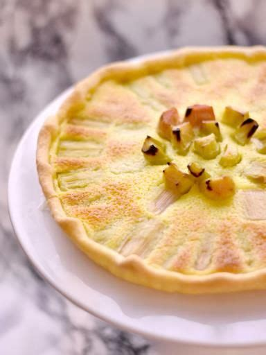 cuisine rhubarbe tarte à la rhubarbe rapide recette cuisine et gâteaux