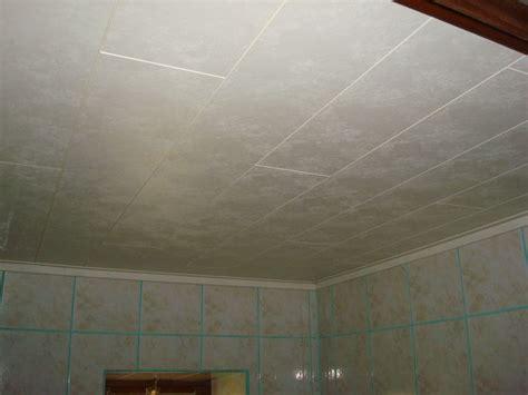elevage de reines au plafond coller des baguettes quart de rond mur plafond sur peinture 233 tanche