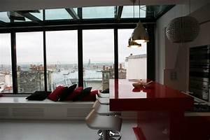 Bar D Appartement : photo rouge et loft d co photo ~ Teatrodelosmanantiales.com Idées de Décoration