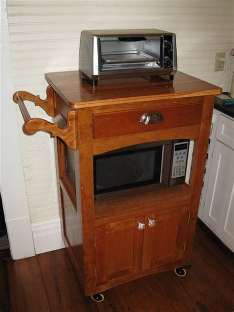 MICROWAVE CART   by Roz @ LumberJocks.com ~ woodworking
