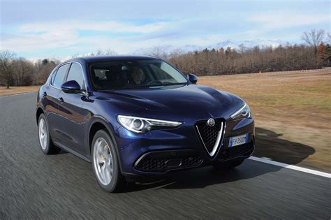 2018 alfa romeo stelvio q4 first review
