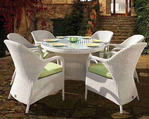 Runder Tisch Garten by 45 Moderne Rattanm 246 Bel F 252 R Garten Archzine Net