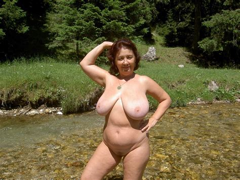 Happy Fat Grannies Enjoing A Nude Sun Bath Chubby Naturists