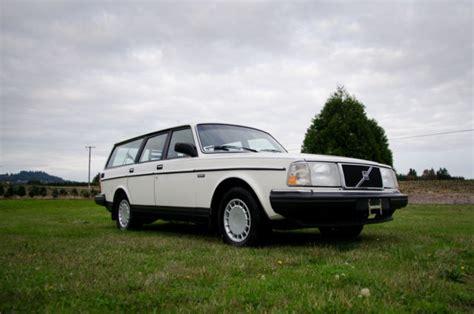 volvo  wagon  original miles  owner  sale
