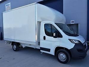 Van Peugeot : peugeot boxer luton body van 335l3 2 0bluehdi 130ps ~ Melissatoandfro.com Idées de Décoration