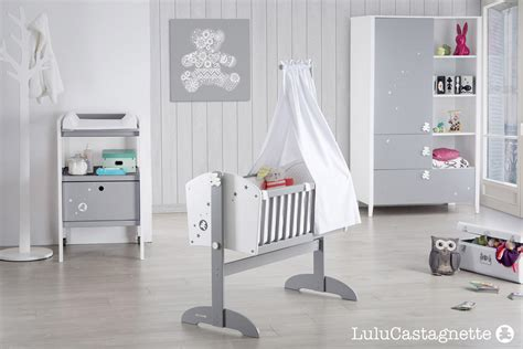 chambre bébé simple ourson berceau bebe gris blanc lit simple chambre