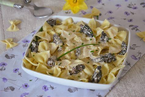 cuisiner le mascarpone farfalles aux morilles et au mascarpone au fil du thym