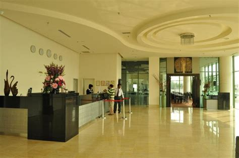 Hotel Du Foyer by Hotel Foyer Picture Of Swan Garden Hotel Melaka