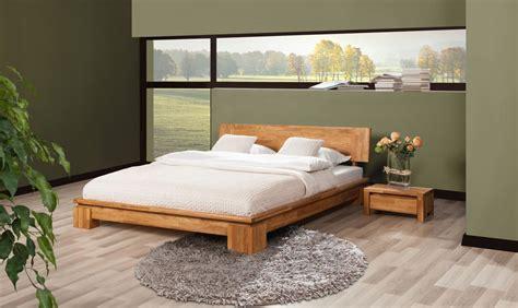 massivholzbett eiche 180x200 massivholzbett bett schlafzimmerbet maison eiche massiv
