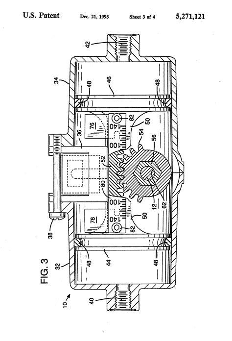Patent US5271121 - Pneumatic windshield wiper with sensor