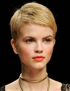 coupe de cheveux femme court dã gradã tendance coiffure 10 coupes pour cheveux fins femmes d 39 aujourd 39 hui