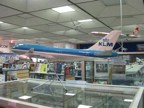 foot long klm    scale dac