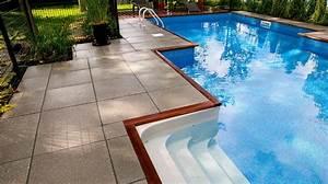 amenagement contemporain d39une piscine creusee plani paysage With amenagement paysager avec piscine creusee