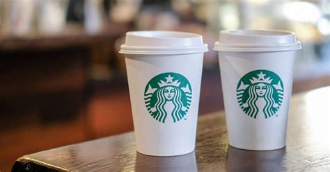 bicchieri starbucks londra tassa da 30 centesimi sulle tazzine da caff 232 monouso