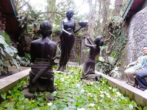 berlaku mulai tanggal 14 agustus 2014. Mengunjungi Museum Ullen Sentalu - PLH Indonesia
