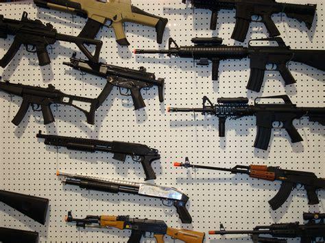 Crackdown on culture of violence: Afghanistan bans guns - toy guns