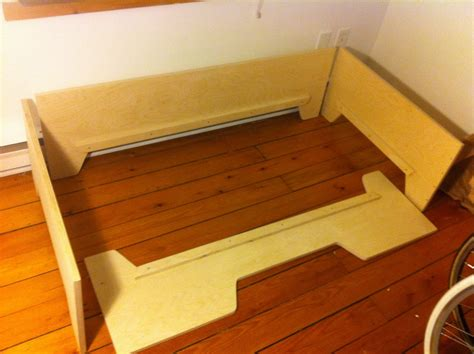diy projects diy toddler bed  birch plywood