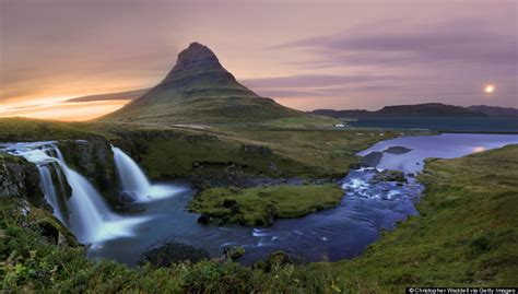 11 Photos Of Mount Kirkjufell Will Convince You To Fly To