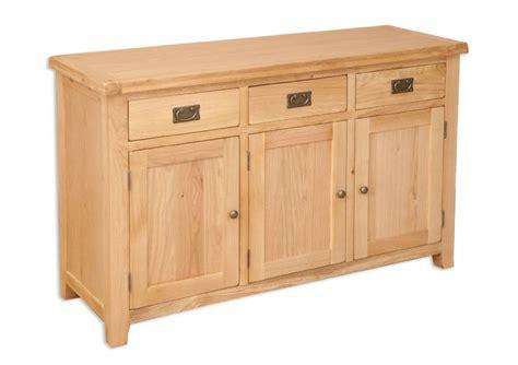 Chunky Oak Sideboard by Hton Chunky Rustic Oak 3 Door Sideboard Mn2707