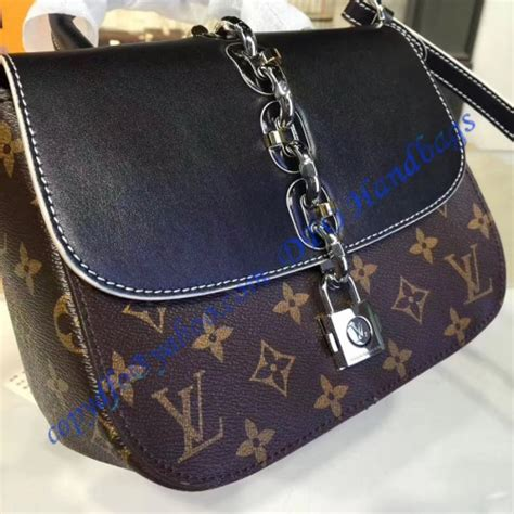 louis vuitton monogram chain  bag pm
