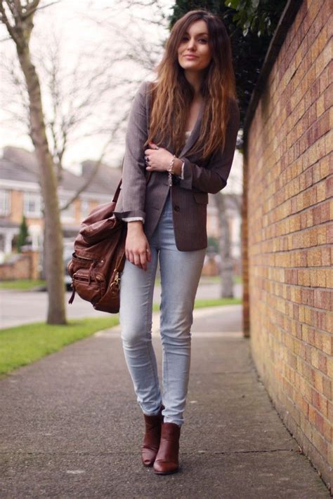 Blazer faded jeans and my brown ankle boots   Chelsea boots   Pinterest   Klamotten Herbst und ...