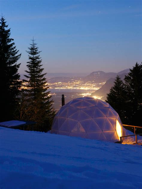 ski resort   swiss alps  beautiful houses