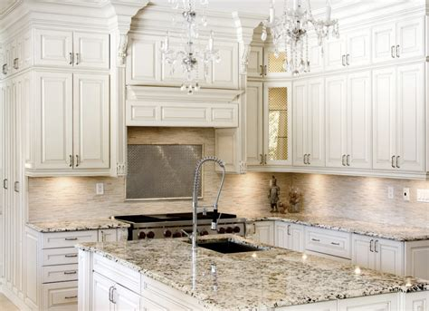 Backsplash Ideas For Antique White Cabinets by Why Beautiful Antique White Kitchen Cabinetsworth