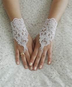 wedding gloves ivory lace gloves fingerless gloves With wedding dress with gloves