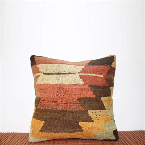 Where To Buy Pillows by Where To Buy Kilim Pillows 25 Brand New