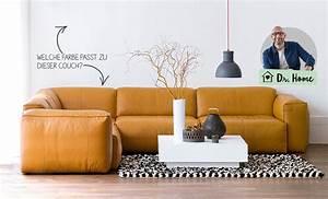 Welche Farbe Passt Zu Altrosa : wandgestaltung mit schwarzer couch ~ Markanthonyermac.com Haus und Dekorationen
