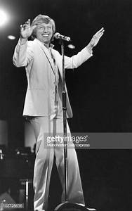 Singer, Tommy Steele b.1936. Pictures | Getty Images