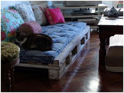 fabriquer un canapé avec un matelas 30 idées incroyables pour fabriquer un canapé en palette