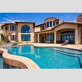Huge House With Pool | 735 x 502 jpeg 86kB