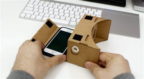 iphone vr makeshift apple vr headset how to use cardboard