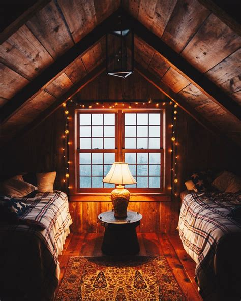Welcoming Warm Cozy Attic Apartment Rustic Feel by Best 20 Cabin Interiors Ideas On Barn Homes