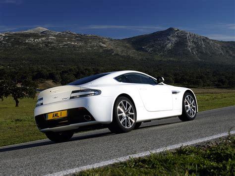 Aston Martin V8 Vantage S Walpapers  Cool Cars Wallpaper