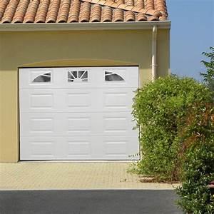 porte garage motorisee blanche 3 hublots batiwizcom 1406 With porte de garage maguisa