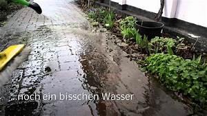 Betonpflastersteine Mit Soda Reinigen : gehwege und pflaster reinigen auf nat rliche art youtube ~ Watch28wear.com Haus und Dekorationen