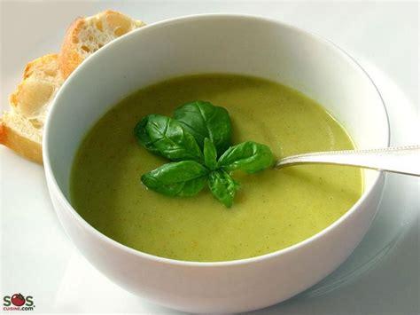 cuisine sans gluten sans lait potage de brocoli sans noix une recette soscuisine