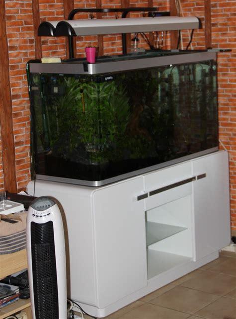 aquarium osaka 320 blanc