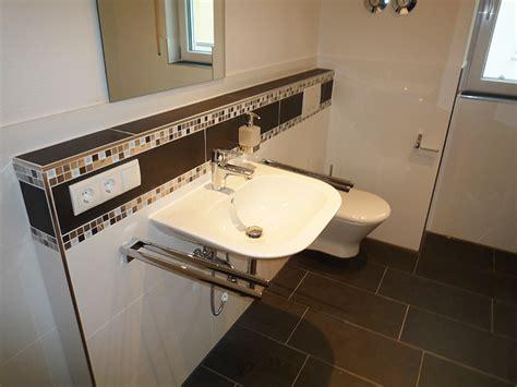 Einfach Badezimmer Bordure Ausstattung Badgestaltung Mit Bordre Ragopige Info