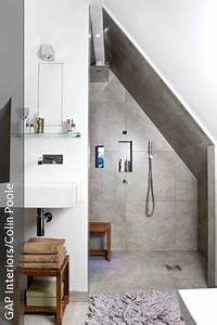Duschvorhang Für Dachschräge : ganzglasdusche mit dachschr ge und ausschnitt bathroom dachschr ge badezimmer dachschr ge ~ Heinz-duthel.com Haus und Dekorationen