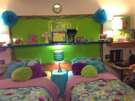 Dorm Life Creating A Cool College Dorm Room  Dig This Design