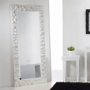 Große Spiegel Mit Rahmen : stand und wandspiegel rahmen mit rosen verziert flower ~ Michelbontemps.com Haus und Dekorationen