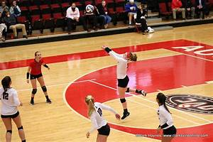 APSU Volleyball falls to Murray State at the Dunn Center ...