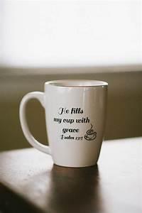 Mug à Thé : he fills my cup with grace coffee mug coffee mugs pinterest grace o 39 malley dr who and ~ Teatrodelosmanantiales.com Idées de Décoration