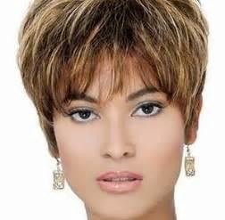 coupe de cheveux court femme 50 ans coupe courte femme 50 ans cheveux epais