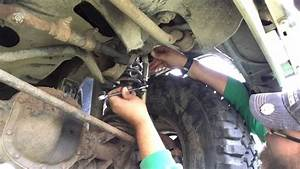 Installed Sway Bar Link    Disconnect Jeep Cherokee Xj