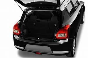 Suzuki Swift Coffre : suzuki swift petite voiture voiture neuve chercher acheter ~ Melissatoandfro.com Idées de Décoration